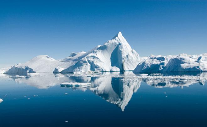 Iceberg-Canada_x660