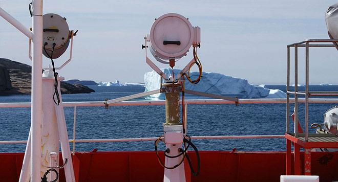 Arctic-shipping_x660