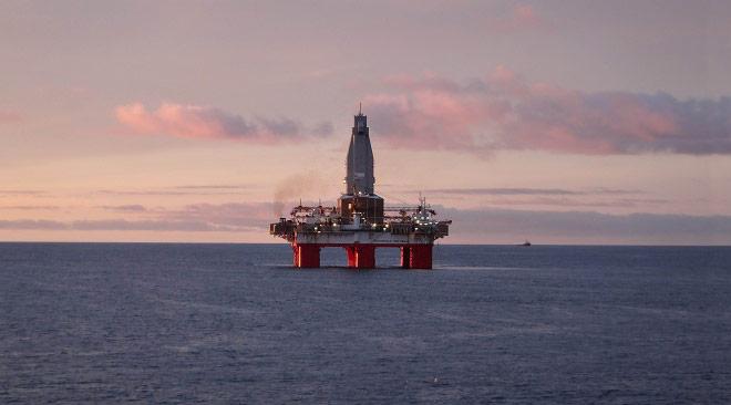 Oilrig_Gazprom_x660