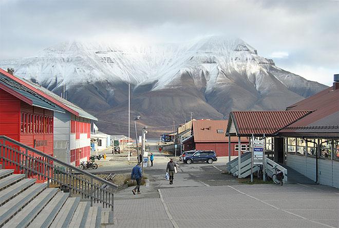 Svalbard_ili_Spitzbergen_3_x660