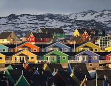 Lliving_houses_Greenland_x220