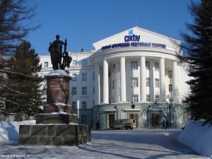 arhangelsk-pamyatnik-lomonosovu-01