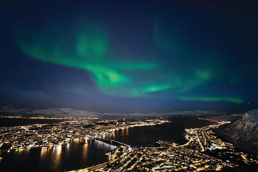 Northern_lights_Tromso