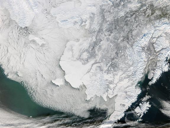sea-ice-bering-strait-120309-02