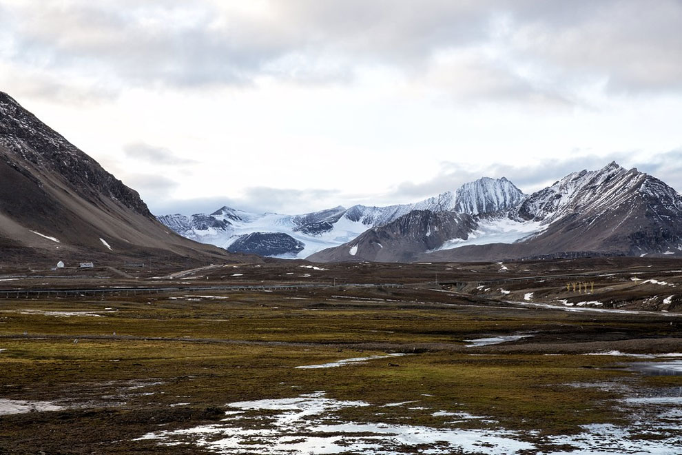 ostrova-Arktiki-burya-v-Arktike-ostrov-SHpitsbergen-na-krayu-sveta-arhipelag-foto-1