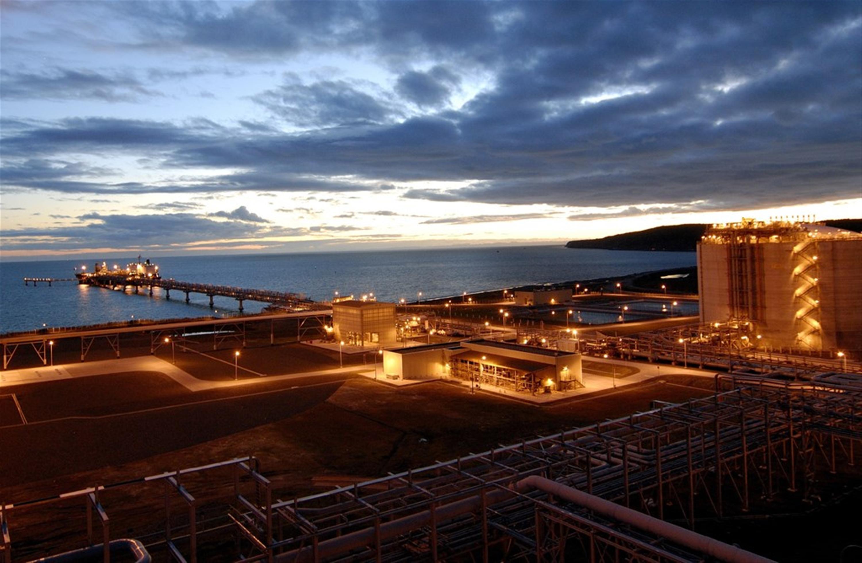 sakhalin-lng-plant-image-courtesy-of-sakhalin-energy