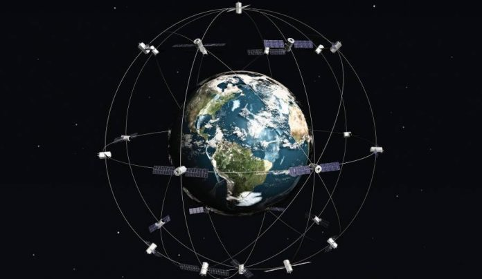 SpaceX-wants-to-provide-global-internet-from-space-a-with-satellite-network-696x404