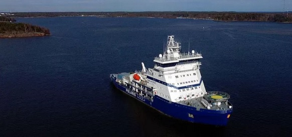 Polaris is the world's first LNG-powered icebreaker