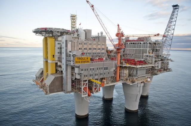 Platforma_gaz_gas_Norvegia-640x423