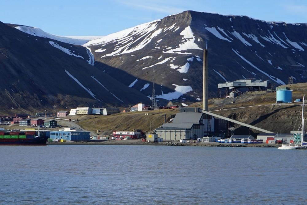 longyearbyen-coal-power-plant