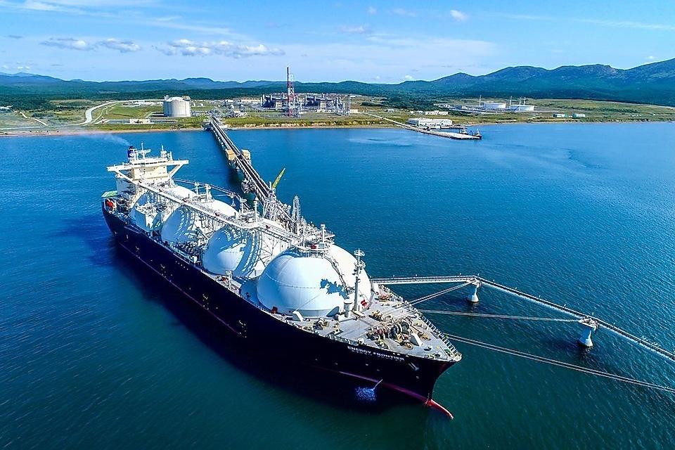 sakhalin-energy-lng-tanker